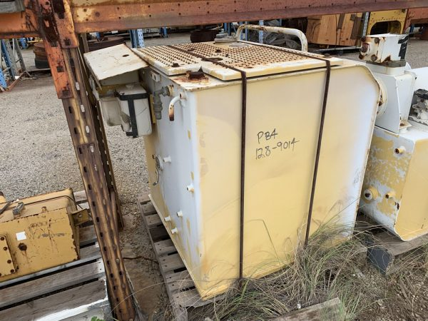 Caterpillar 350L fuel tank