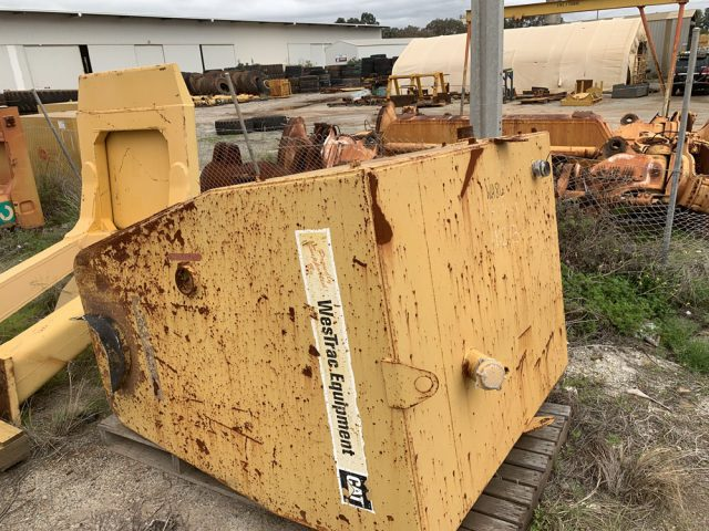 Caterpillar 789C fuel tank