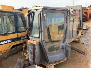 Used parts for sale by BTP Group - Komatsu D375A-5 cab