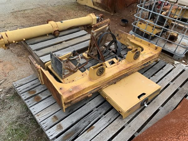 Used parts for sale by BTP Group - Caterpillar D10T beam