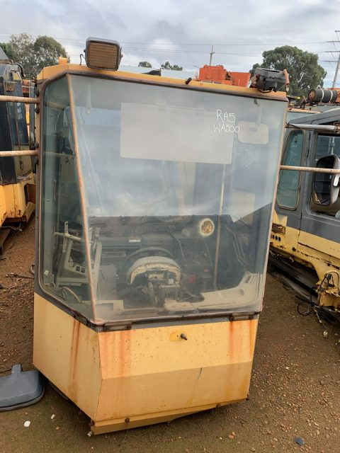 Used parts for sale by BTP Group - Komatsu WA500 cab