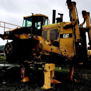 Used parts • 7PZ00794 D11R Dozer Mackay QLD Machine without tracks