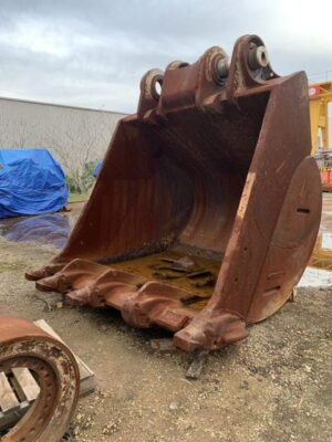 Used parts for sale by BTP Group - Bucket assembly R9250