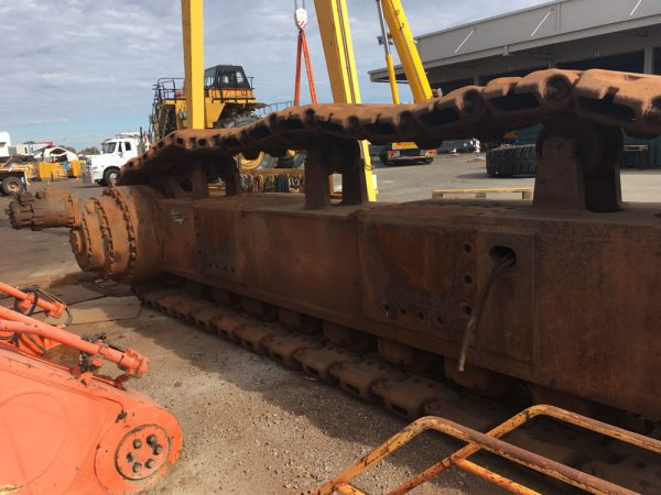 Hitachi EX2500 • COMPLETE TRACK LH AND RH EX2500
