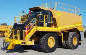 Caterpillar Service Truck 775F