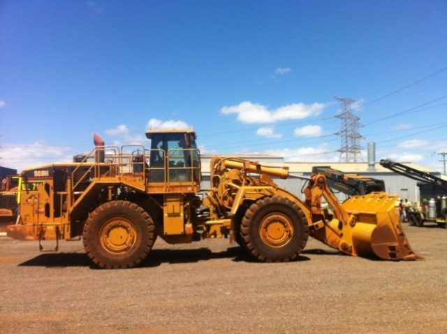 Dismantling now by BTP Group - 988H Loader
