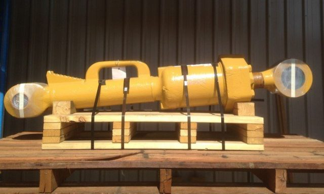 BTP Group Service Exchange Parts - Blade Tilt Cylinder D10R