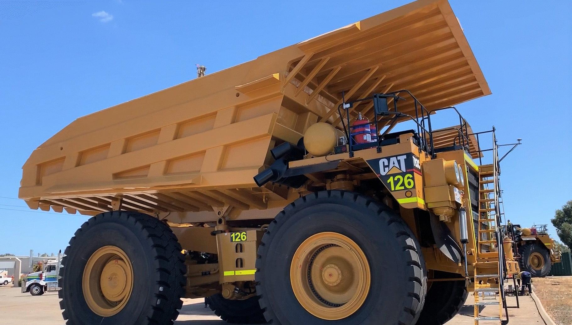 CAT 793c Truck Rebuilds Photo Gallery • Trays 2